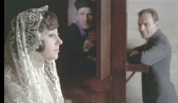 Stéfania Sandrelli confessionnal